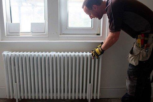 Eliminare rumore acqua termosifoni come fare risparmiare energia - Porta acqua termosifoni ...